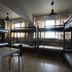 Corner Hostel бассейн
