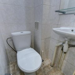 Отель Sutki Peterburg Bolshaya Konyushennaya Санкт-Петербург ванная фото 2