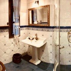 Отель Sharlopova Boutique Guest House - Sauna & Hot Tub Боженци ванная фото 2