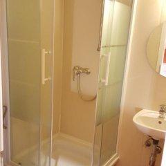 Отель Pension Madara Вена ванная фото 2
