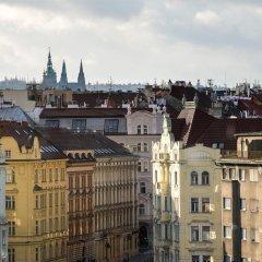 Отель Mama Shelter Prague Чехия, Прага - 10 отзывов об отеле, цены и фото номеров - забронировать отель Mama Shelter Prague онлайн балкон