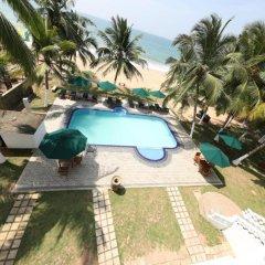 Отель Royal Beach Resort Шри-Ланка, Индурува - отзывы, цены и фото номеров - забронировать отель Royal Beach Resort онлайн бассейн фото 3