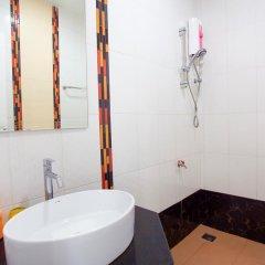 Отель Baan Sutra Guesthouse 3* Номер Делюкс фото 9