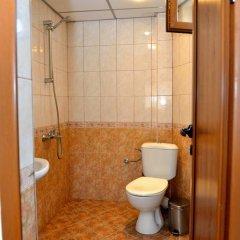 Отель Guest House Mavrudieva 2* Стандартный номер с двуспальной кроватью фото 22
