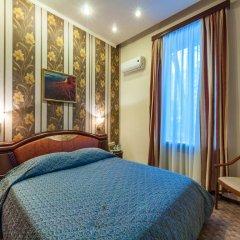 Крон Отель 3* Стандартный номер с двуспальной кроватью