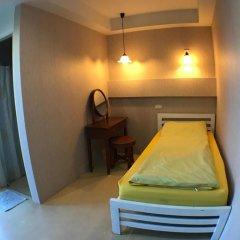 Отель Roof View Place 2* Стандартный номер с различными типами кроватей фото 3