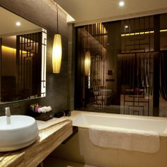 Отель Crowne Plaza Chongqing New North Zone ванная фото 2