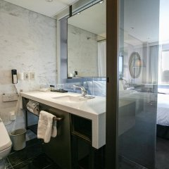 Отель Ramada Seoul Южная Корея, Сеул - отзывы, цены и фото номеров - забронировать отель Ramada Seoul онлайн ванная фото 2