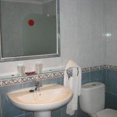 Hotel Reyes de León 2* Улучшенный номер с различными типами кроватей фото 5