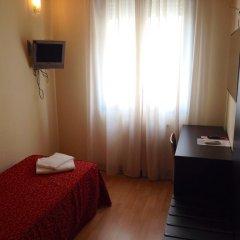 Отель Guidi 2* Стандартный номер с различными типами кроватей фото 2