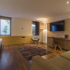 Отель HF Fenix Urban 4* Номер Комфорт с различными типами кроватей фото 4