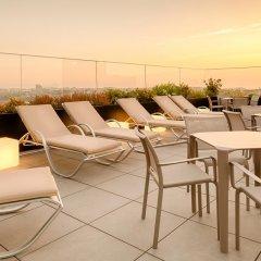 Отель Premium Downtown Порту бассейн