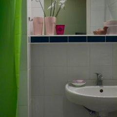 Hotel Flora 3* Стандартный номер с двуспальной кроватью фото 7