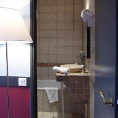 Отель Adonis Marseille Vieux Port Стандартный номер с двуспальной кроватью фото 5