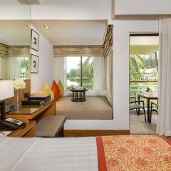 Отель Outrigger Laguna Phuket Beach Resort комната для гостей фото 3