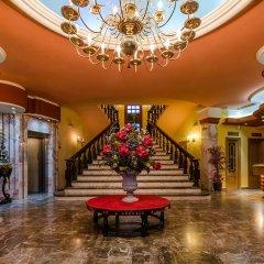 Hotel Zodiaco интерьер отеля