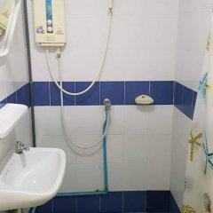 Отель Pinthong house 2* Номер категории Эконом с различными типами кроватей фото 5