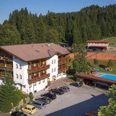 Отель Der Waldhof парковка