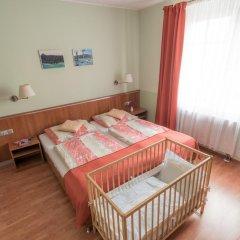 Отель Penzion Fan Чехия, Карловы Вары - 1 отзыв об отеле, цены и фото номеров - забронировать отель Penzion Fan онлайн комната для гостей фото 5