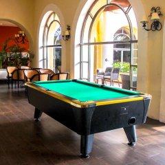 Отель GR Solaris Cancun - Все включено гостиничный бар