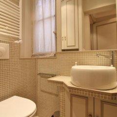Отель Chez Honore ванная фото 2