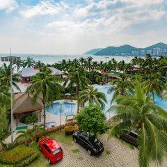 Sanya South China Hotel пляж