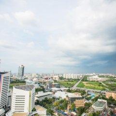 Отель Belle Grand Rama9 By Panu Таиланд, Бангкок - отзывы, цены и фото номеров - забронировать отель Belle Grand Rama9 By Panu онлайн балкон