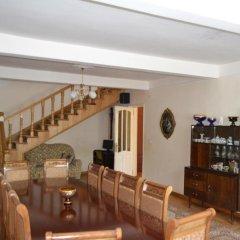 Отель Dilbo House гостиничный бар