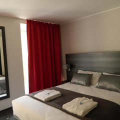 Отель Hôtel Le Genève 3* Стандартный номер с различными типами кроватей