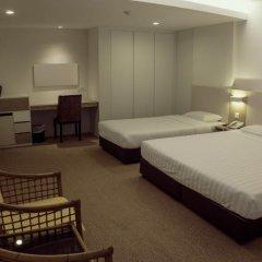 VIP Hotel 2* Улучшенный номер с двуспальной кроватью фото 15
