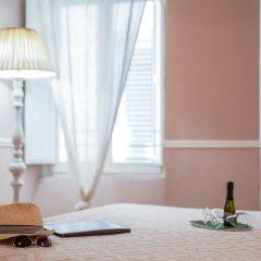 Отель B&B Emozioni Fiorentine 2* Стандартный номер с различными типами кроватей фото 15