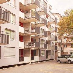 Апартаменты Ema House Serviced Apartments Seefeld Цюрих парковка
