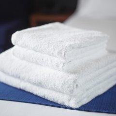Отель Holiday Inn Express Dusseldorf - City 3* Стандартный семейный номер с двуспальной кроватью