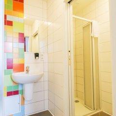 Отель Equity Point Prague Кровать в общем номере с двухъярусной кроватью фото 33