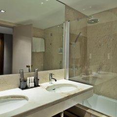Altis Grand Hotel 5* Улучшенный номер с двуспальной кроватью фото 4