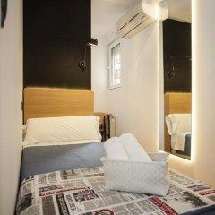Отель Hostal CC Malasaña Номер категории Эконом с различными типами кроватей фото 9