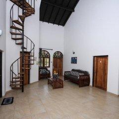 Отель Negombo Village 2* Стандартный номер с различными типами кроватей (общая ванная комната) фото 11