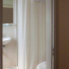 Hotel Ausonia 3* Стандартный номер с разными типами кроватей фото 18