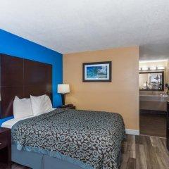 Отель Days Inn by Wyndham Sarasota Bay 2* Стандартный номер с различными типами кроватей фото 4