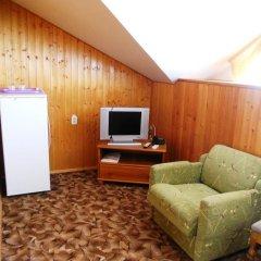 Гостиница Пансионат Золотая линия 3* Стандартный семейный номер с двуспальной кроватью фото 5