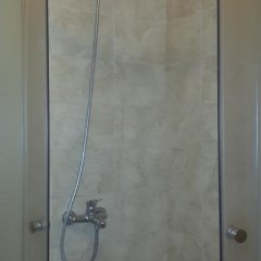 Гостиница Шер Стандартный номер с разными типами кроватей (общая ванная комната) фото 10