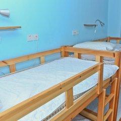 Gesa International Youth Hostel Кровать в мужском общем номере с двухъярусной кроватью