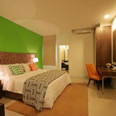 Отель Legacy Express Sukhumvit by Compass Hospitality 3* Улучшенный номер с различными типами кроватей