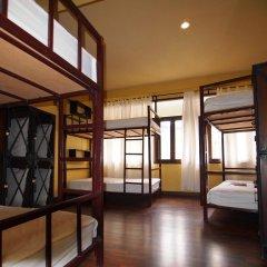 Niras Bankoc Cultural Hostel Кровать в общем номере с двухъярусной кроватью фото 2