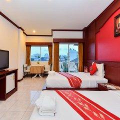 Отель Art Mansion Patong 3* Улучшенный номер с двуспальной кроватью фото 10