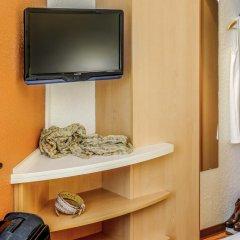 Hotel ibis Madrid Aeropuerto Barajas 2* Стандартный семейный номер с двуспальной кроватью фото 3