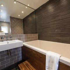Отель The Colonnade ванная