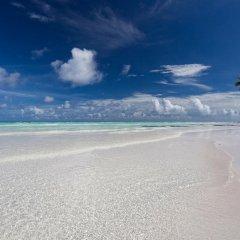 Отель Reveries Diving Village, Maldives 3* Номер Делюкс с двуспальной кроватью фото 3