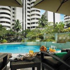Shangri-La Hotel - Kuala Lumpur 5* Номер Делюкс с различными типами кроватей фото 4