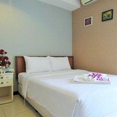 Отель JL Bangkok 3* Улучшенный номер с различными типами кроватей фото 4